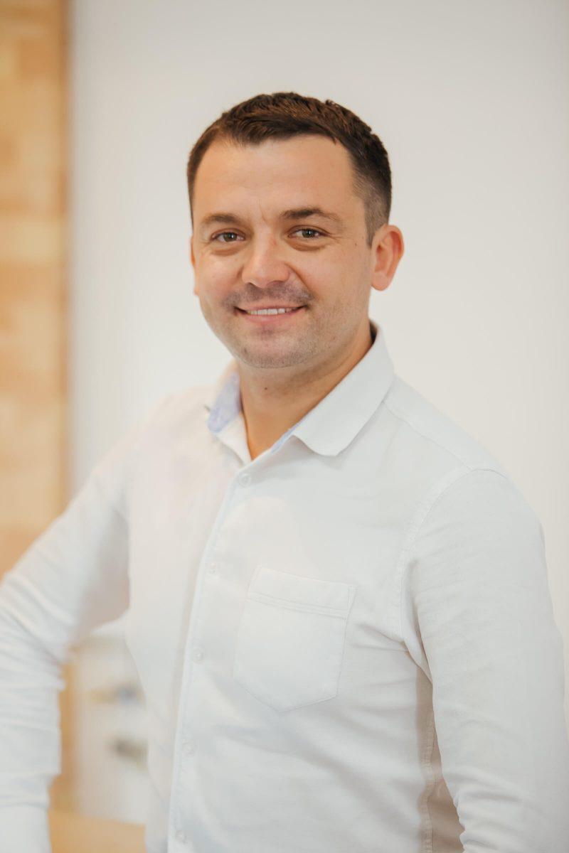 Олександр Кожухівський